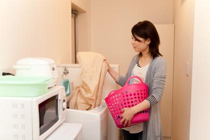 洗濯機もキッチンそばで導線が快適!